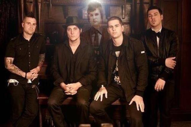 avenged seven fold di tinggal the rev :(