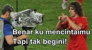 Siapa dia yang mengetahui lagu indonesia ? :D
