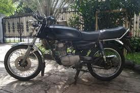 motor ini masih tersimpan apik di garasi saya , dan masih bisa nyala walaupun dari tahun 1994