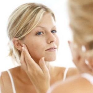 Tips dan cara alami mempercantik wajah tanpa make up: 1.Cucu muka dengan air dingin 2.Tidur yg cukup 3.Minum mineral 4.Tabir surya 5.Merawat rambut 6.Rajin membersihkan wajah Mudah2an wajah anda semakin cantik... Wow