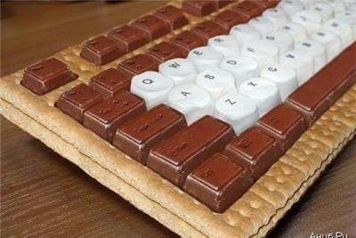 Ini Keyboard yang bisa dimakan!! Terbuat dari biskuit dan coklat :) Wow donk :D