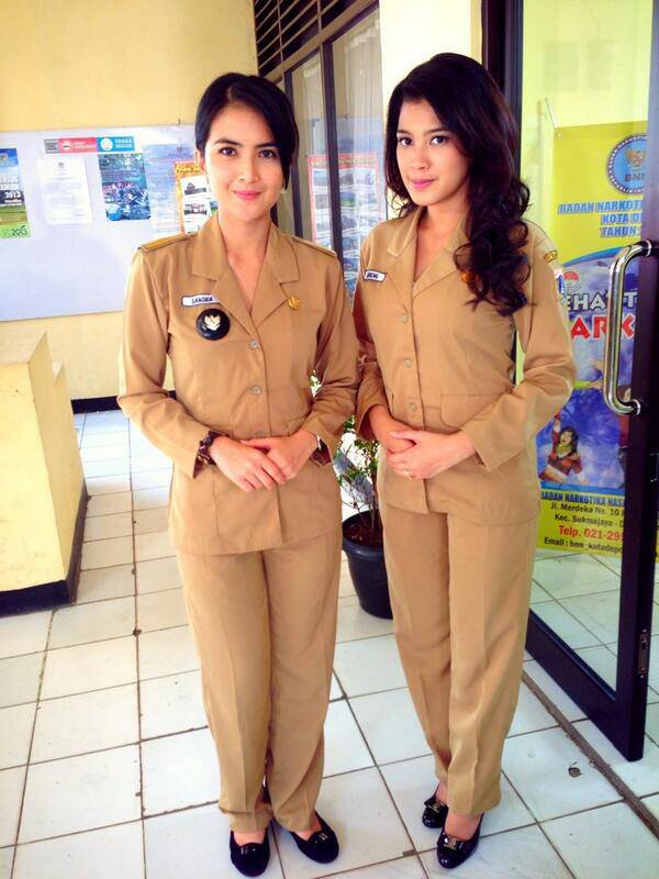 siapa yang suka kalo Ida Ayu Kadek Devi sering main FTV di SCTV