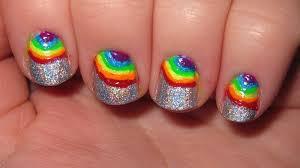 wow ya bagi yg bilang nail art nya lucu >_<kalau gk lucu juga ga apa apa kok T.T