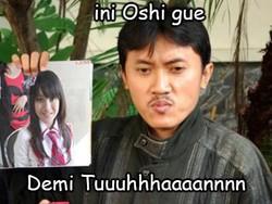 Ternyata oh ternyata Arya Wiguna juga ngefans banget sama JKT48,, buktinya di memilih Nabilah sebagai Oshi nya wkwkwk XD Demiiiii Tuhaannn!!!!! :D