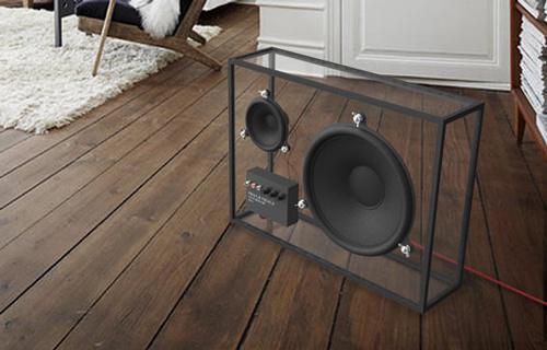 Speaker transparan. WOW