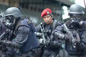 5 PASUKAN MILITER TERBAIK DUNIA (KOPASSUS INDONESIA NO 3) 1. England SAS (Special Air Service) d SAS (Special Air Service) 2. Mossad Israeli 3. Indonesian KOPASSUS 4. Russian Spetsnaz 5. French GIGN