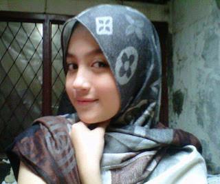 Nie foto Nabilah JKT48 yang memakai kerudung,, Cantik ya....
