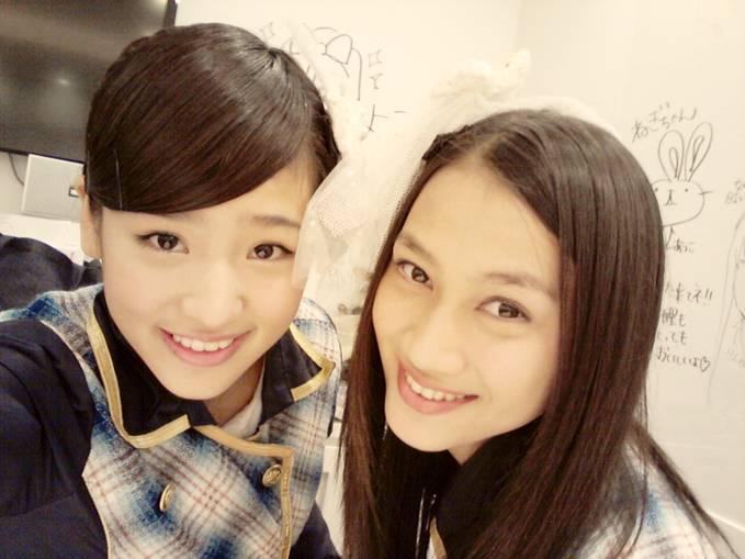 Haruka dan Melody JKT48 kawaii ?? :) WOW nya dong :O