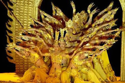 Mereka tuna rungu! believe it or not! http://divonewsclips.blogspot.com/2013/05/lady-buddha-with-thousand-hands-by.html
