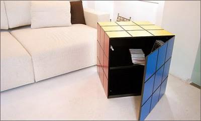 Hasil rancangan Umberto Dattola (Italia). Hanya menampilkan desain luar yang menyerupai rubik, didalamnya tidak terlihat suatu yang wah tentang ini, namun juga terinspirasi dari rubik,lihatlah warna dan kotak-kotaknya
