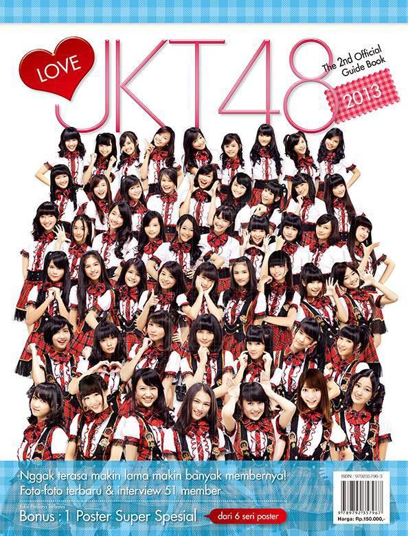 """Mulai tanggal Rabu, 5 Juni kemarin, """"LOVE JKT48 2013 ~ The 2nd Official Guide Book"""" telah tersedia di Gramedia. Harga: Rp150.000,- Cr: FanPage JKT 48"""