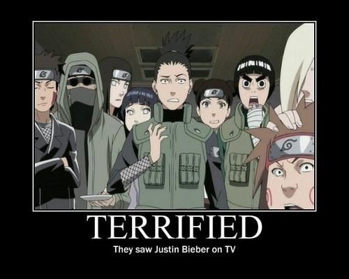 sehabis mereka menonton JB di TV.... :o ekspresinya... WOW