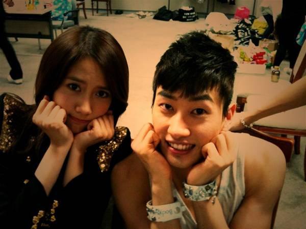 YoonA dan Eunhyuk :)