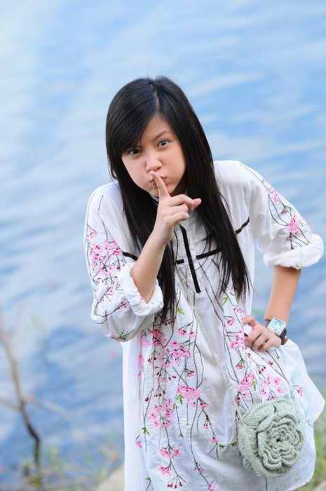 Udah pada tau orang ini belum??? dia adalah Pimchanok Luevisadpaibul yaitu seorang aktris dan model kelahiran 30 September 1992 yang berasal dari Thailand. [[Dont forget klik wow yaa]]
