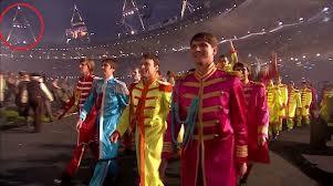 bahkan di pembukaan olimpiade juga ada symbol iluminati