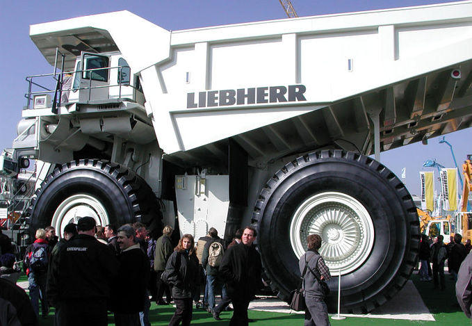 Biggest truck in the World.... :)
