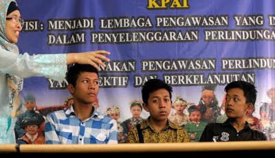 Aksi Keberanian Anak Indonesia Menghadapi Penjahat