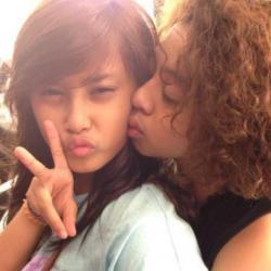 Foto Mesra Bareng Cewek Bukti Bastian 'Coboy Junior' Nakal?