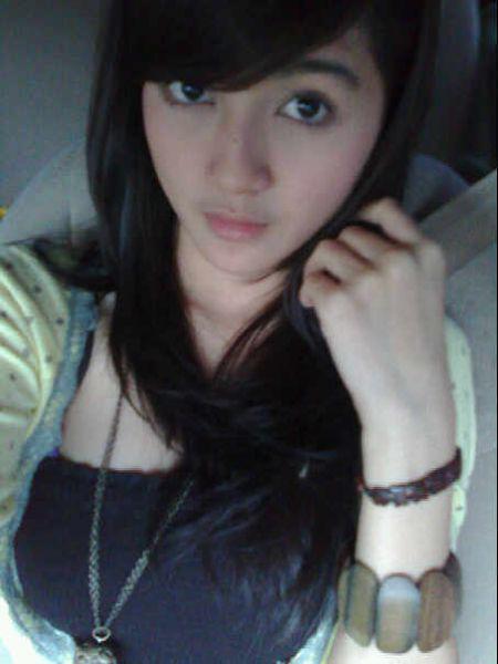 Image result for cewek narsis terbaru