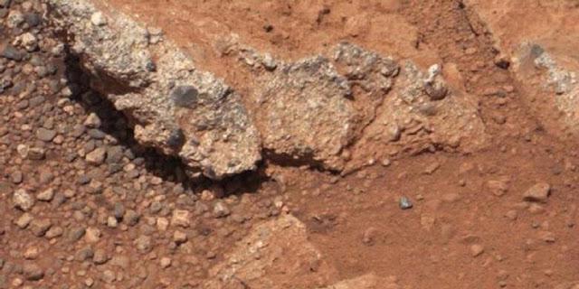 Bukti Adanya Air Di Planet Mars