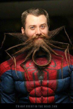 Kontes Jenggot Unik - Pria ini menjadikan Jenggot Panjangnya Seperti Sarang laba laba dan lambang Superhero Spiderman, Keren!