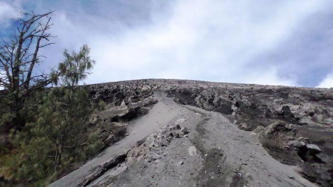 Pendakian Mahameru (Gunung Semeru - Jawa Timur)