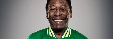 Kalian pasti kenal orang ini.Yup...dia adalah Edson Arantes Do Nascimento atau lebih akrab dipanggil pele.Orang ini mencetak lebih dari 1000 gol lho....!!!!!! WOWnya dong.!