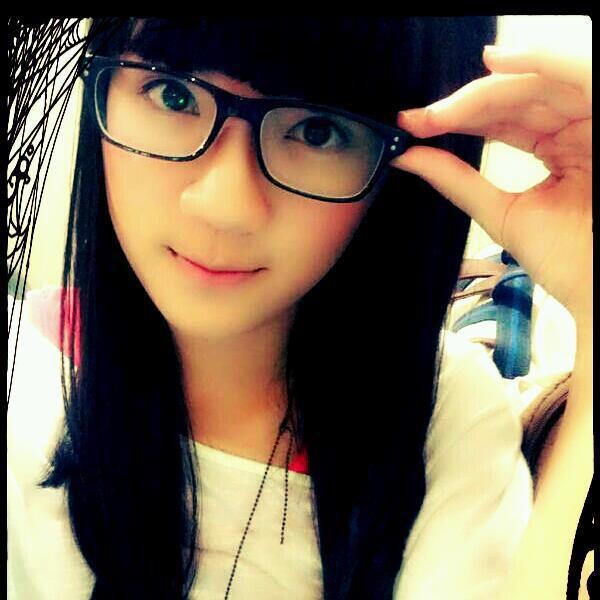 Cantik Kan Ini adalah salah satu personil JKT48 dia adalah Cindy Gulla WOw