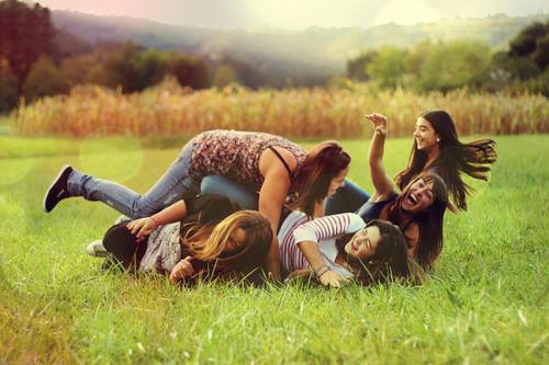 Siapa Sihhh Sahabat Sejati Kamu??