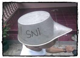 Inilah Keluaran tebaru dari Helm SNI ....