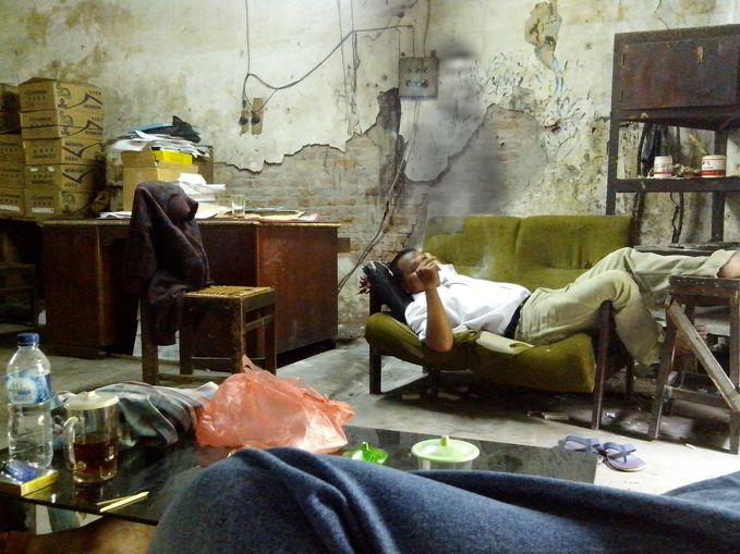 foto penampakan di sebuah gedung di kota medan. silahkan cek keaslianya