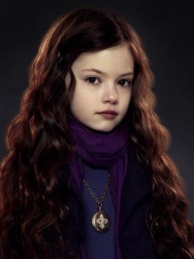 """1. Renesmee """"Nessie"""" Carlie Cullen adalah bayi setengah vampire setengah manusia, puteri Edward Cullen dan Bella Swan. Renesmee lahir pada 10 September, tiga hari sebelum ulang tahun Bella ke sembilan belas."""