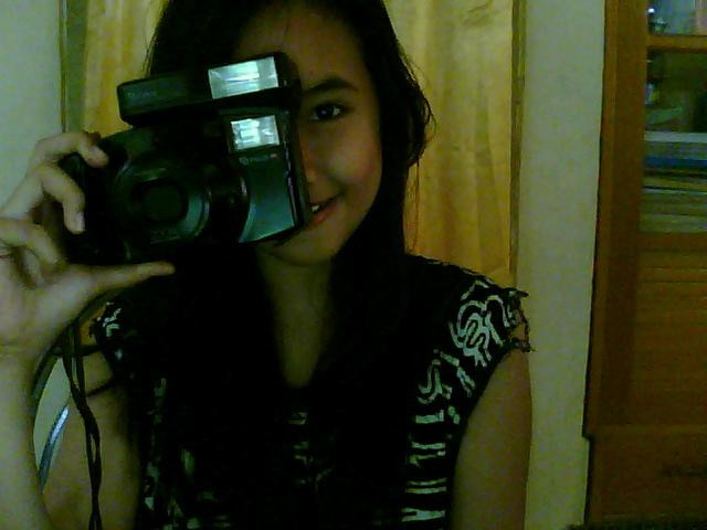 Me and I love photographer..!!! :D woowoowowwww