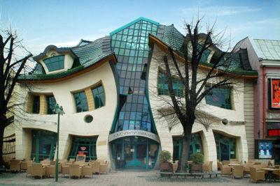 inilah rumah yang terbuat dari kaca inilah yang paling menarik WOW