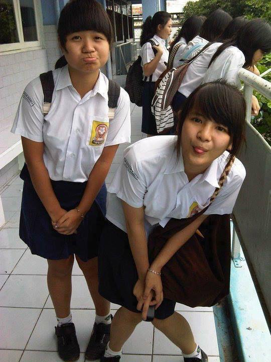 Foto Sonya JKT48 waktu SMP Lucu banget ya :)