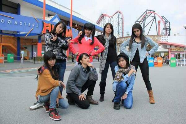 Ghaida, Cigull, Rica, Kinal, Nabilah, dan Sonya di Korea