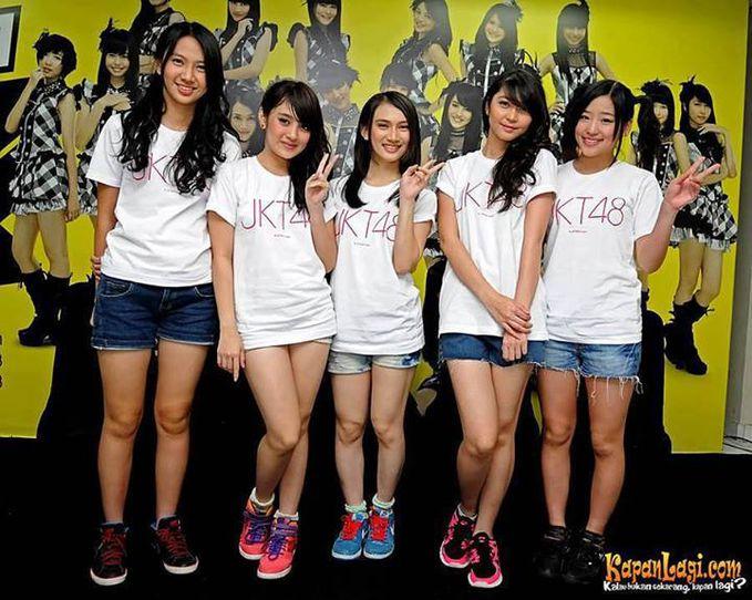 Foto Sexy Nabilah JKT48, Kaya gak pake celana. WoW o_O