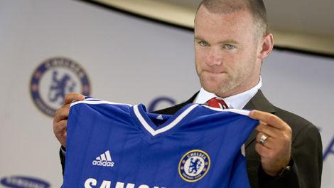 """Alasan MU """"terpaksa"""" Jual Rooney ke Chelsea."""