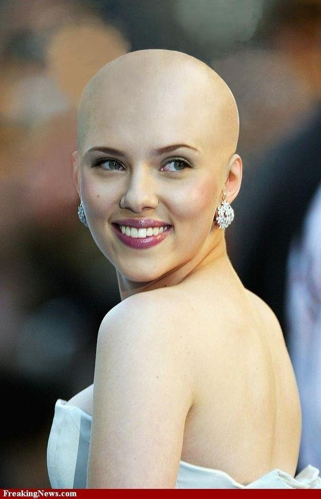 Beginilah kira2 penampakan Scarlett Johansson kalo gundul..XP