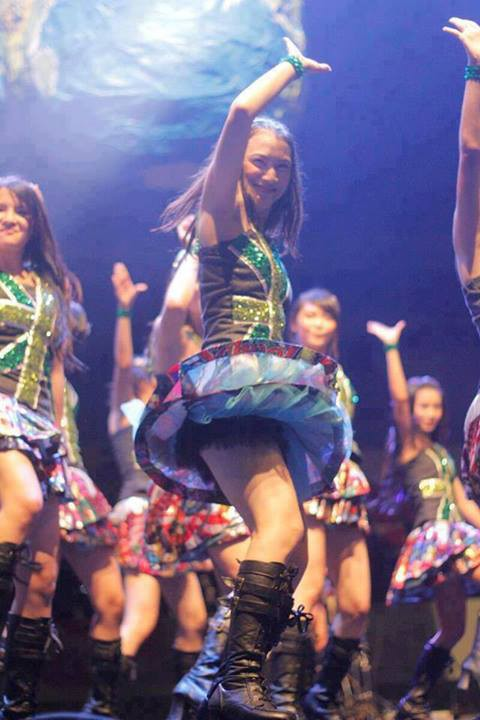 Foto Sexy Melody JKT48 waktu Perform, awas jangan salah fokus. Jangan Lupa WoW nya gan o_O