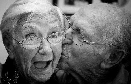 semakin cinta... semakin sayang... umur bukan halangan!!!!!