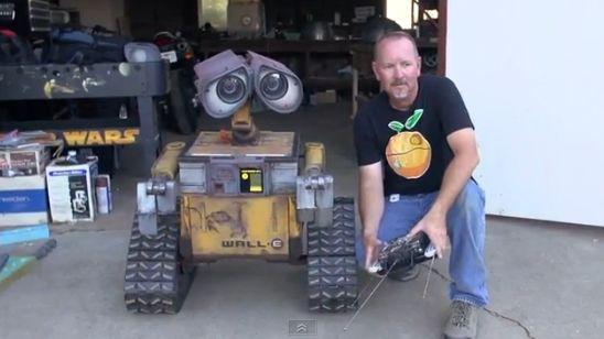 Как сделать робота валли своими руками в домашних условиях