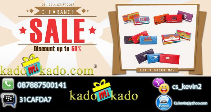 CLEARANCE SALE HINGGA 50% ~~> Buat para ladies yuk buruan tengok skarang juga ke www.kadomikado.com ada banyak dompet MURAH MERIAH HANYA HARI INI DAN ESOK