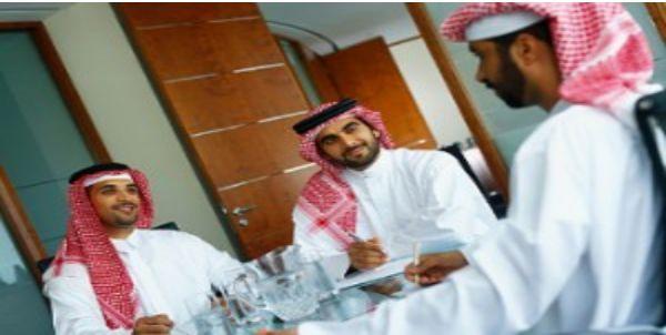 3 Pria Ini Ditangkap Polisi Arab Saudi Karena Terlalu Ganteng