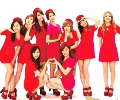 JAKARTA - Pascaberedarnya kabar SNSD (Girls Generation) akan segera menggelar konser tunggal di Indonesia, SONE (sebutan fans SNSD) antusias. Tidak heran jika SONE antusias menyambut kedatangan Sembilan idola wanita pujaan mereka ke Tanah Air.