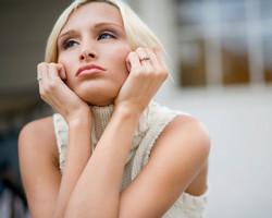 Inilah lima ciri ciri wanita yang masih menyimpan perasaan kepada mantannya