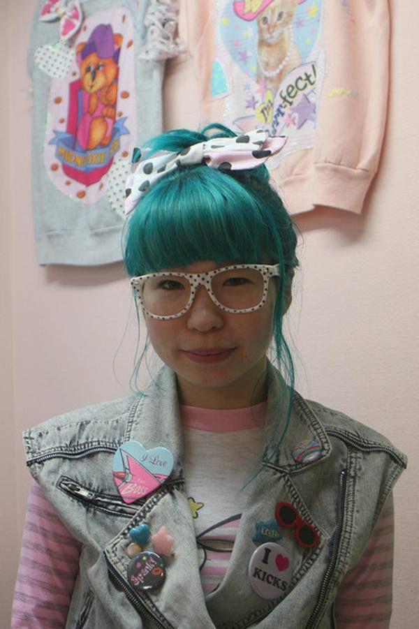 Fairy Kei Terobsesi dengan hal-hal lucu dari tahun 1980an seperti My Little Pony, Strawberry Shortcake dan Care Bears.