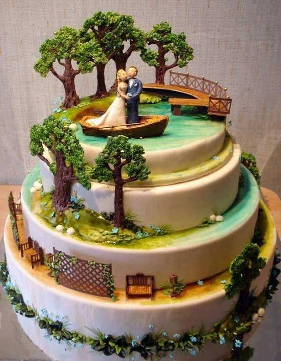 Kue pernikahan romantis plus kreatif