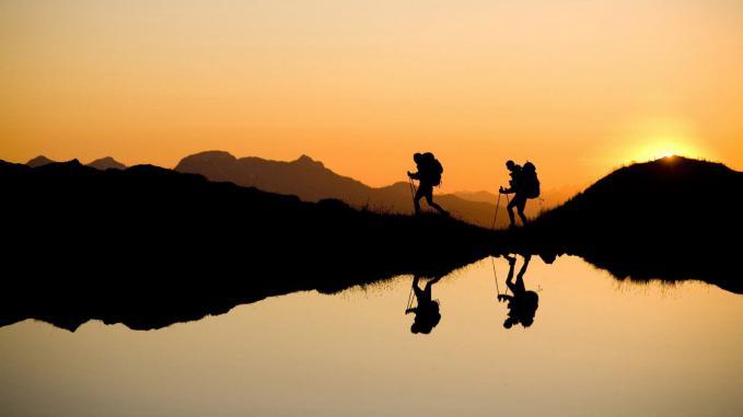 9 Manfaat Tersembunyi Olahraga Hiking