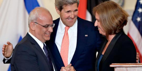 Sembilan bulan lagi Israel-Palestina berdamai Israel dan Palestina merencanakan mencapai kesepakatan damai dalam waktu sembilan bulan mendatang setelah kembali mengadakan pertemuan kemarin di Ibu Kota Washington, Amerika Serikat. Kedua negara